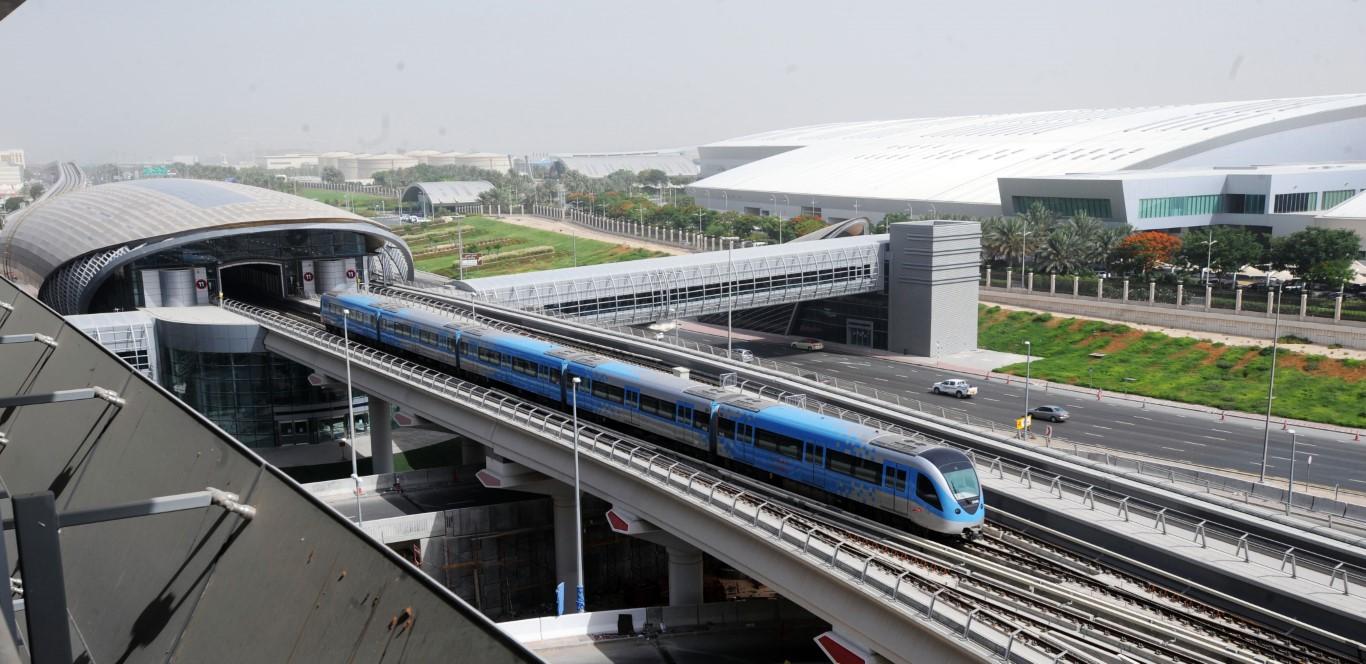 """""""طرق دبي"""" تتميز عالمياً في الالتزام بمعدلات الضوضاء والاهتزازات في المترو"""