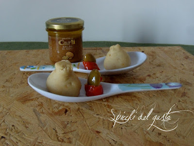 Sacchettini con salsa di noci