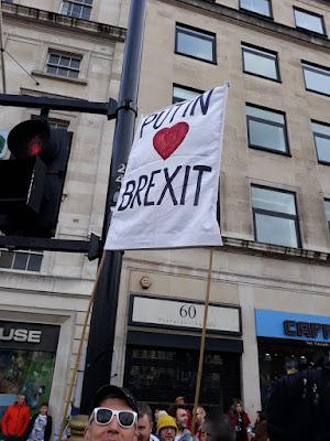 Putin heart Brexit