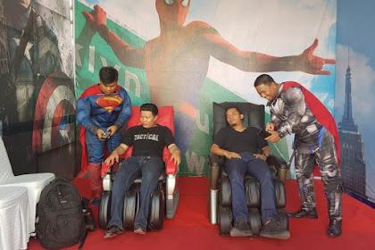 Super Hero Thor dan Superman Ikut Meramaikan Pemudik di Gresik