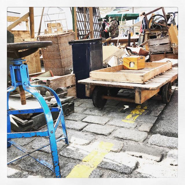 Chariot bois / Brocante d'Amiens, avril 2016 / Photos Atelier rue verte /