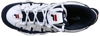 587c67f91 Ainda esse ano a empresa lançou sua primeira linha de roupas esportivas  para a prática do tênis