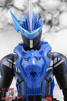 S.H. Figuarts Kamen Rider Blades Lion Senki 04