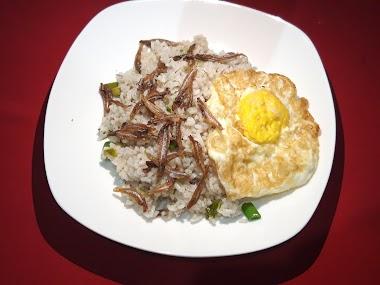 Nasi Goreng Ikan Teri, Obat Lapar Tengah Malam