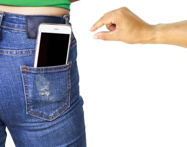 كيف يمكنك تعليق خط هاتفك بعد سرقته أو ضياعه ؟  يمكن تعليق خط هاتفك بعد سرقته أو ضياعه ؟ ماذا تفعل عند سرقة الموبايل تحديد موقع الهاتف عن طريق الرقم التسلسلي طريقة اقفال الجوال بعد سرقته كيفية استرجاع الموبايل المسروق وهو مغلق نـمــوذج محضر سرقة موبايل البحث عن الهاتف المسروق ماذا تفعل عند سرقة موبايلك العثور على جهازي ماذا أفعل عند ضياع هاتفي أو سرقته 8 أشياء يجب عليك القيام بها فورًا بعد فقدان هاتفك الذكي أو سرقته