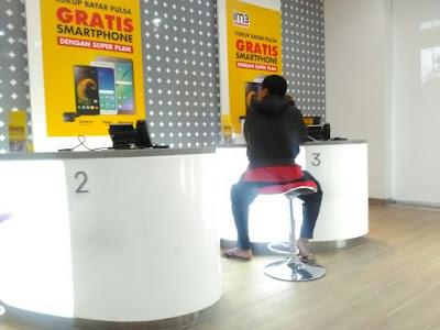 Booking Online Nomor Antrian di Galeri dan Cara Upgrade Kartu 4G Indosat Ooredoo.