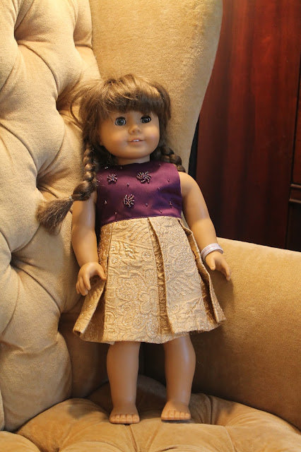 List of free patterns for American Girl doll clothes.