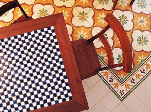 Tinuku.com Tegel Kunci floor tile plant luxury heritage classic design handmade tiles early 20th century timeless