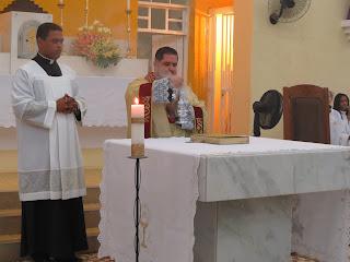 Imagens da Santa Missa da Seia do Senhor e Lava Pés.