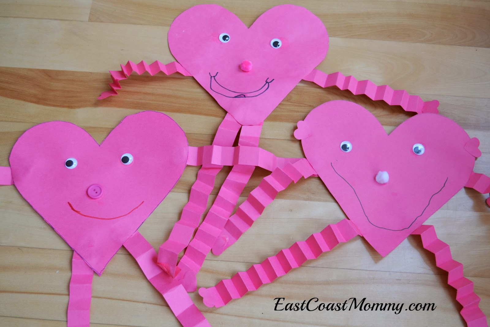 Easy To Make Valentine Crafts