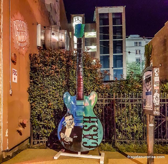 Homenagem a Johnny Cash em Beale Street, Memphis