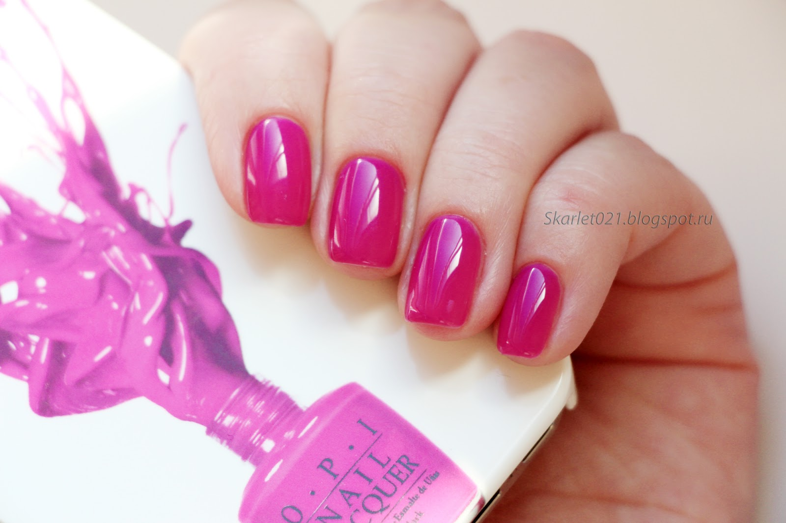 OPI GelColor Гель-лак Color So Hot It Berns Z13