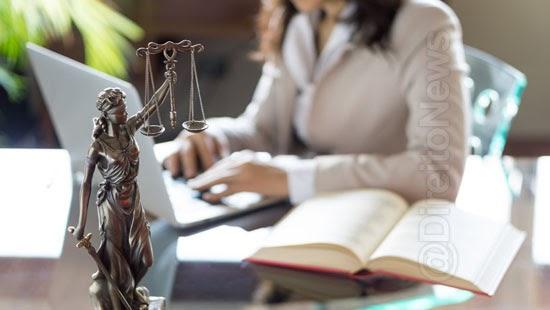 advogada obtem vinculo emprego escritorio advocacia
