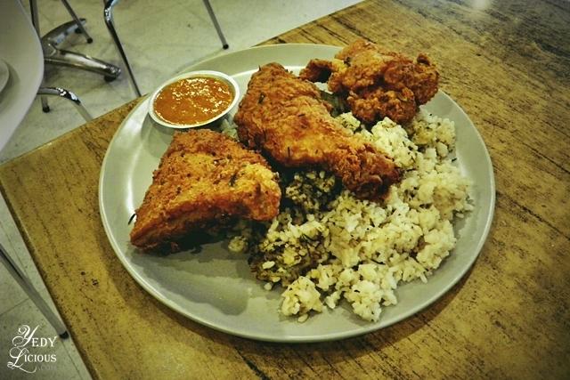 BUttermilk Fried Chicken, Main Street Kapitolyo