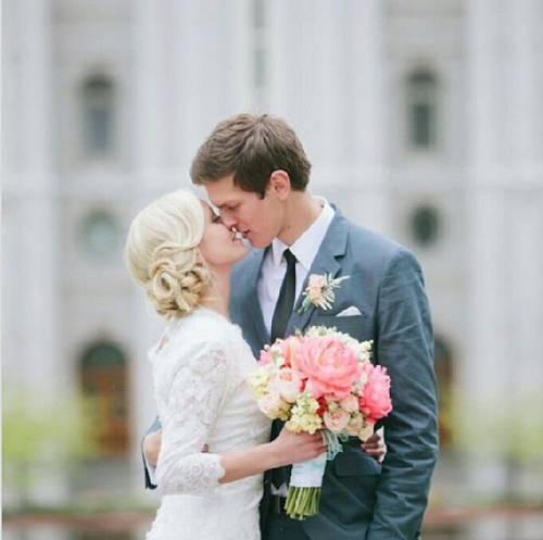 cute Love Wallpaper For Husband : cute couple Love Images For Whatsapp Wallpaper sportstle