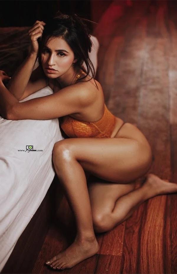Nisha Dhaundiyal bold photos in underwear are going viral on internet - known for MTV Roadies.
