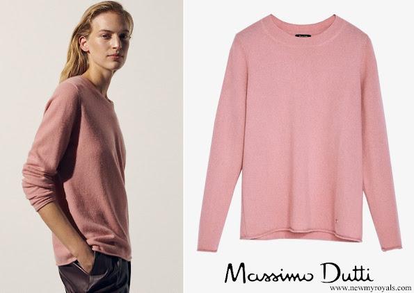 Kate Middleton wore Massimo Dutti cashmere crew neck sweater