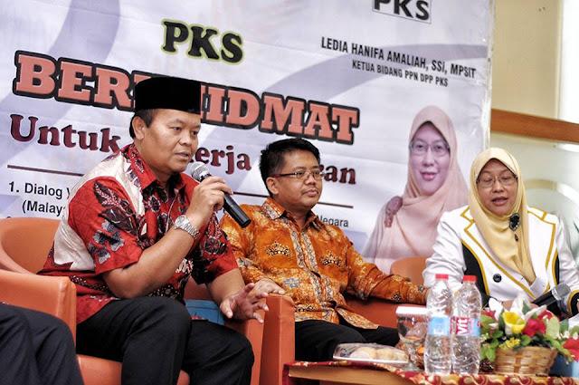 PKS Desak Amandemen UU Penempatan dan Perlindungan TKI