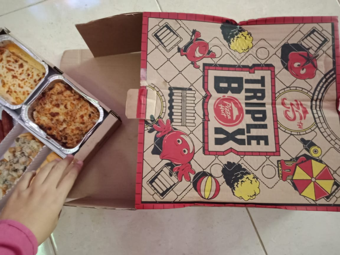 pizza hut triple box review