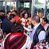 दिल्ली एयरपोर्ट पर सैंकड़ों भक्तों ने किया प. देवकीनंदन ठाकुर जी महाराज का स्वागत
