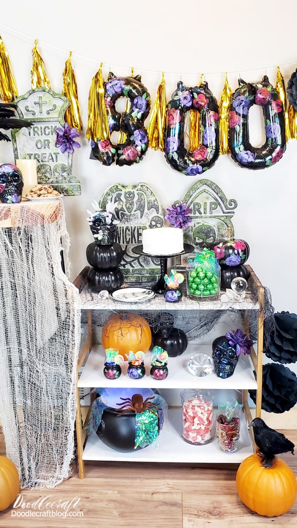 I love the cohesive look of this party. It's so nice to take unmatching elements from the store, yard sales or your attic and make them look like they all go together for the perfect Hauntingly beautiful party!