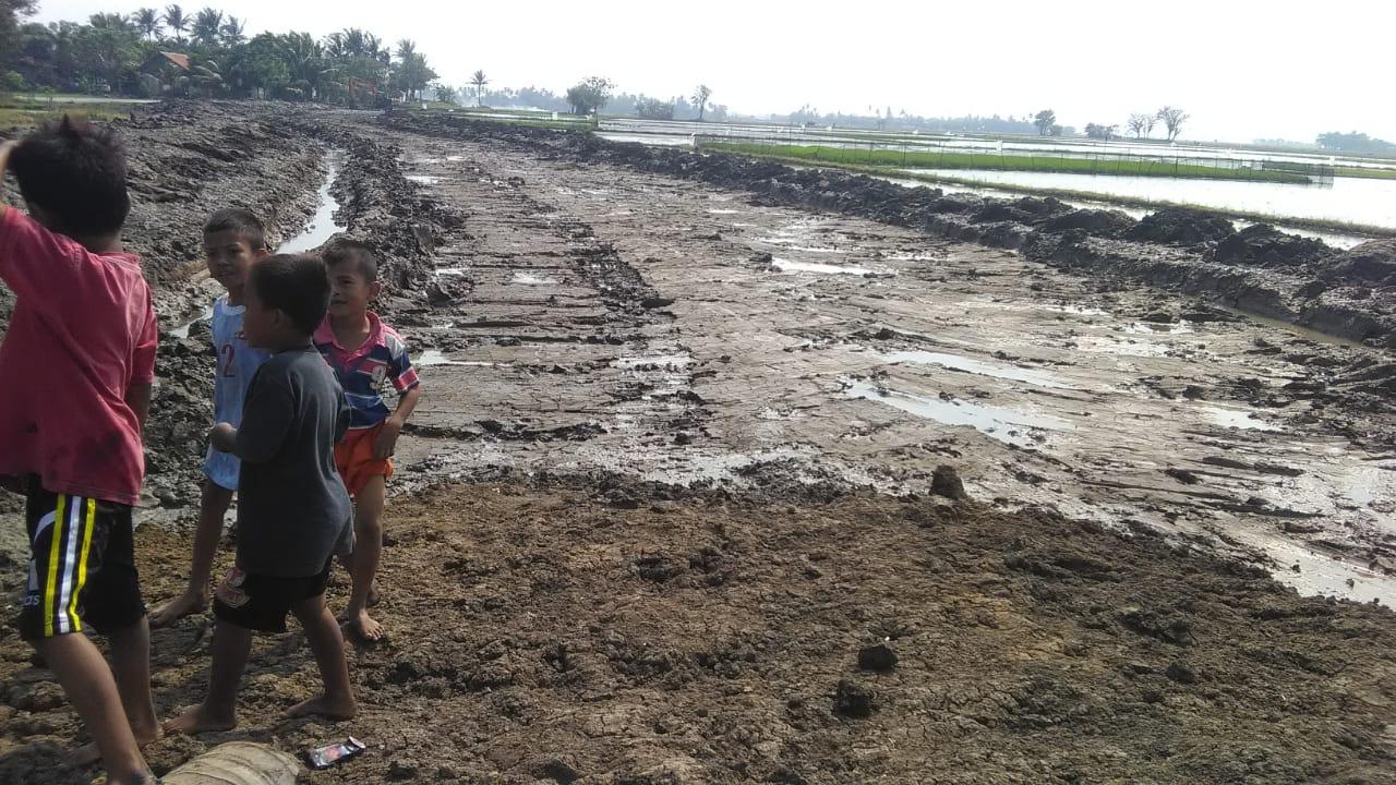 Aktifitas Galian Tak Berizin Di Desa Pekayon Di Soal