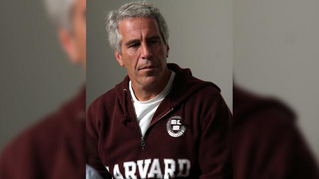 El multimillonario estadounidense Jeffrey Epstein enfrentaría hasta 45 años de cárcel por cargos de tráfico sexual de menores
