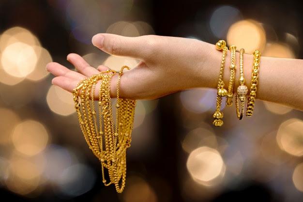Mengenal Kode Kadar Perhiasan Emas