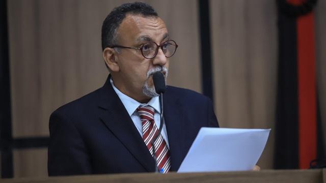 Zé Gonçalves lamenta suspensão de reunião com prefeito e diz que secretários têm que sair dos gabinetes e atender ao povo