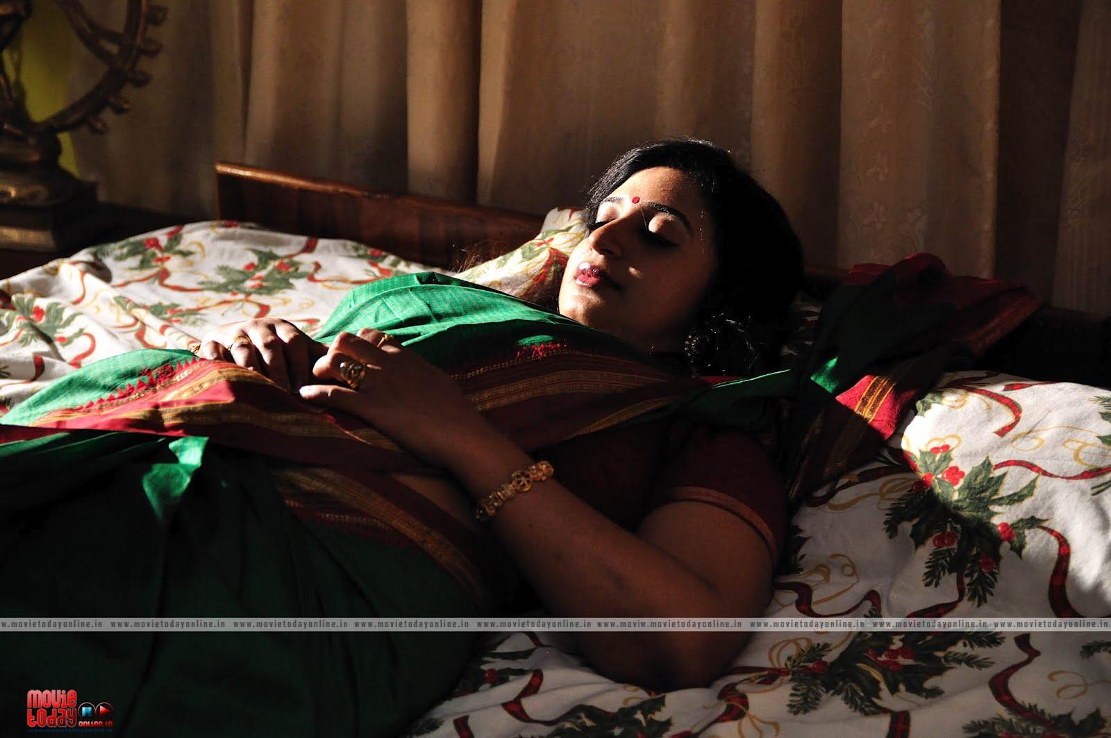 Telugu Aunty Bedroom
