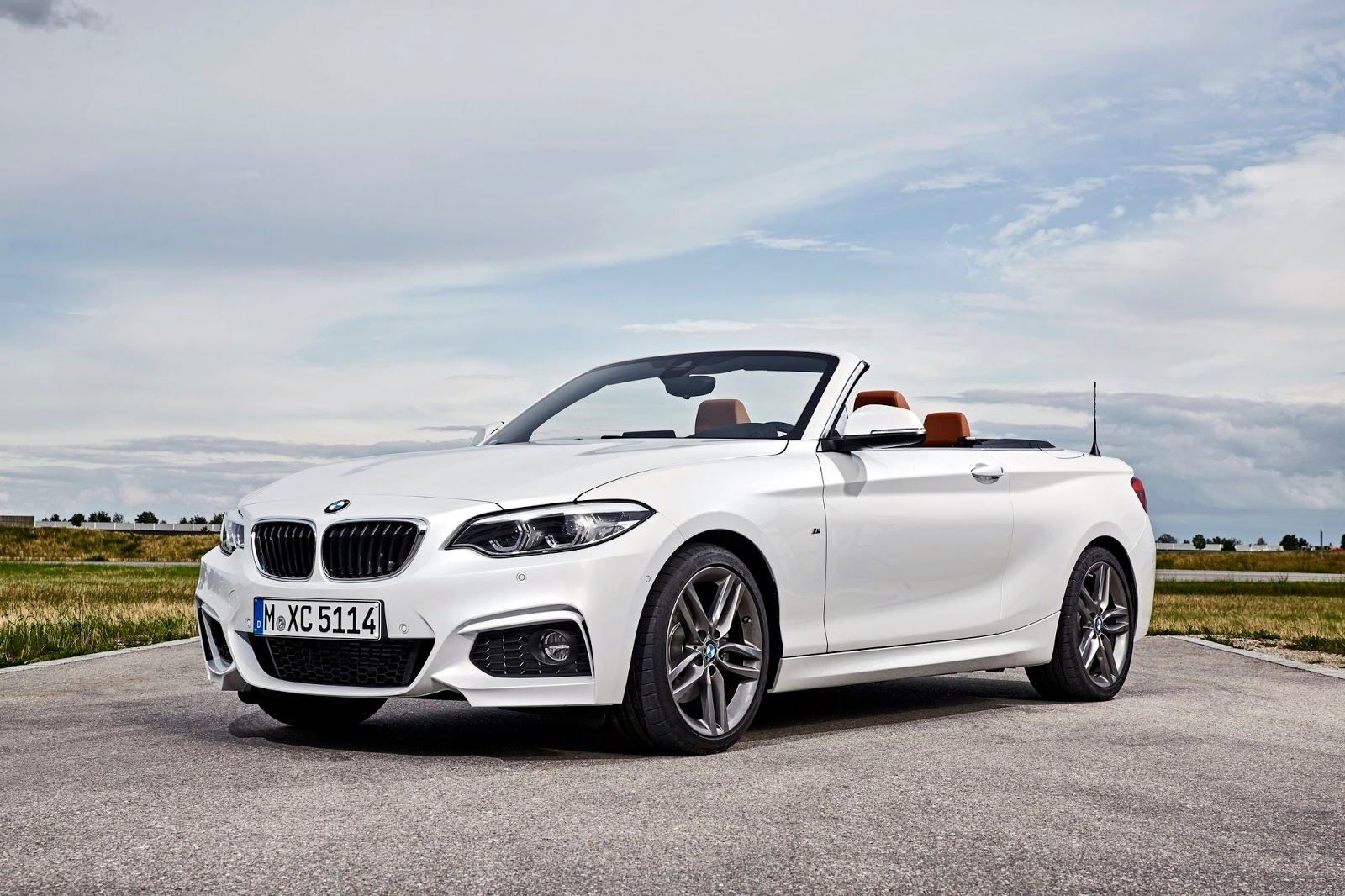 2018 bmw 2 series breaks cover is a lesson in subtle. Black Bedroom Furniture Sets. Home Design Ideas
