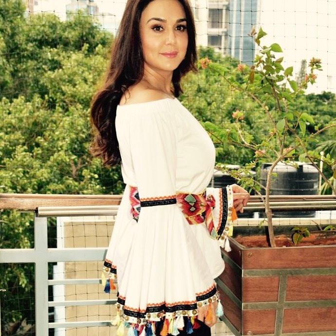 Preity Zinta Photo | Preity Zinta Picture | Preity Zinta Image