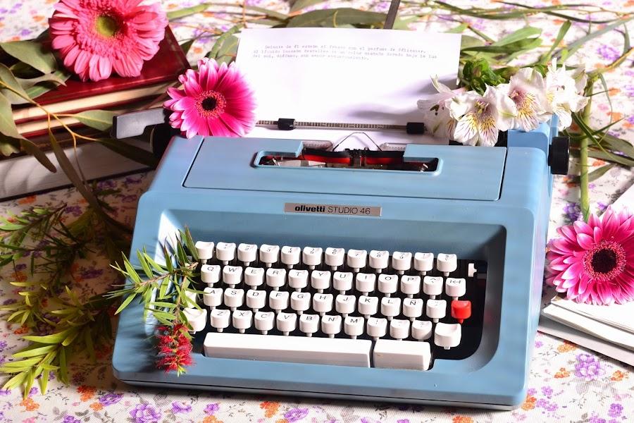 Decoracion para bodas romantica maquina de escribir vintage olivetti