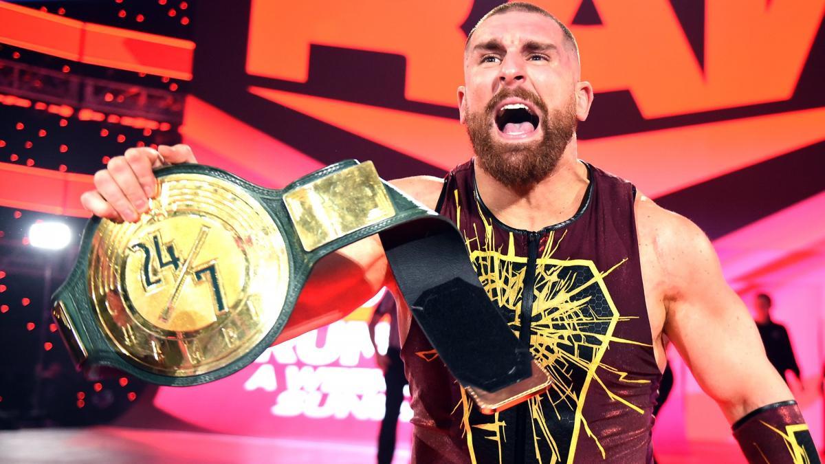 Mojo Rawley tem seu contrato encerrado com a WWE