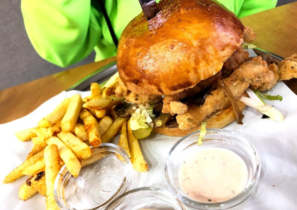 ratu burger house çankaya ankara menü fiyat listesi hamburger sipariş