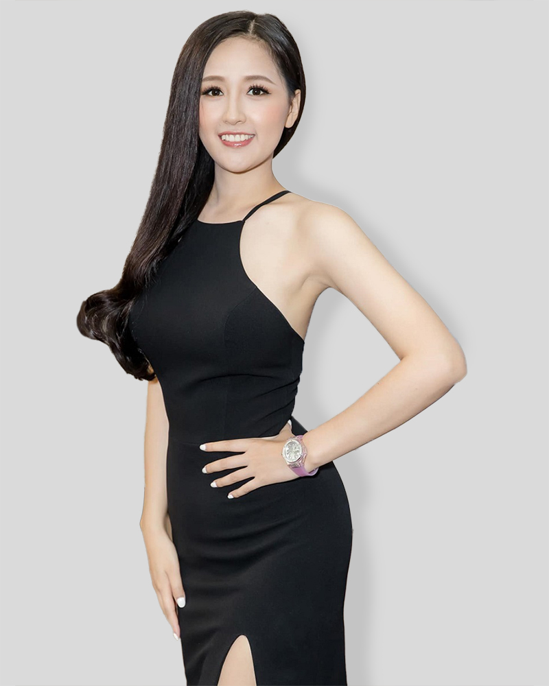 Model cantik dan seksi Vietnam pakai Gaun hitam seksi Mai Phuong Thuy