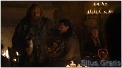 So we now know who left that Starbucks cup in the 'Game of Thrones' episode