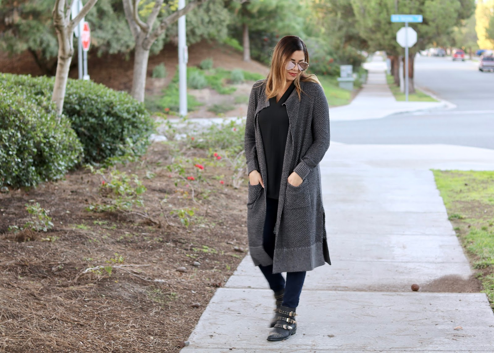 Long knits and denim outfit, long knits and ankle booties, san diego fashion
