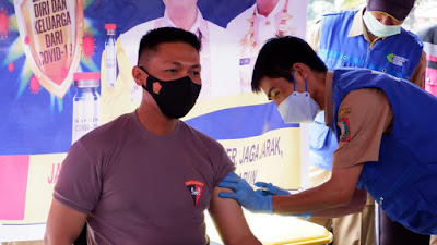 Menjadi Orang Pertama di Vaksin Covid-19 Di Tana Toraja, Kapolres Tana Toraja Sampaikan Ini