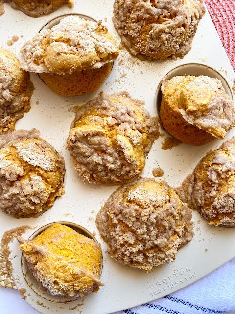 Cake Mix Pumpkin Streusel Muffins