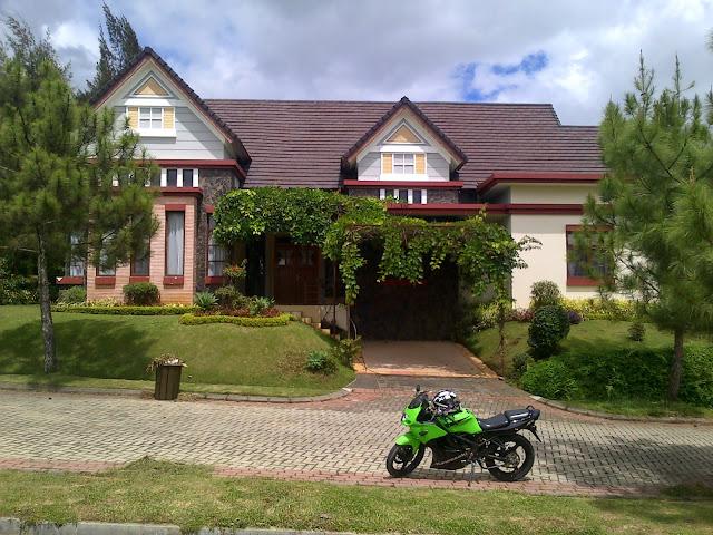 Villa disewakan di kota bunga puncak cluster benvika