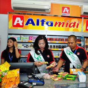Lowongan Kerja Pramu di Alfamidi Kima Makassar