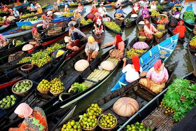 Wisata Banjarmasin - Pasar Terapung Banjarmasin