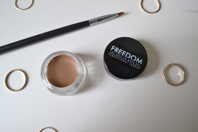 Freedom Eyebrow Pomade in Blonde