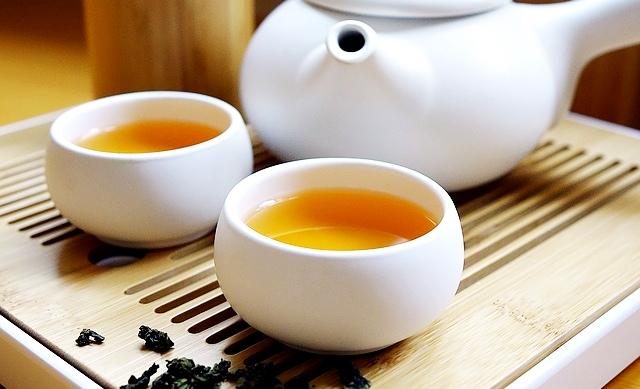 Chá para emagrecer com ervas naturais