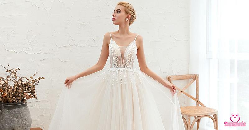 Vestidos de noiva com tule no decote - Moda 2020