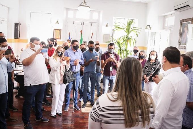 Em Garanhuns, Sivaldo Albino anuncia plano municipal de vacinação contra a Covid-19