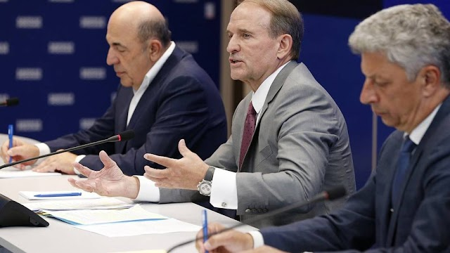 Медведчук, Рабінович і Бойко зірвали плани грантоїдів - профільний комітет не затвердив їх звіт