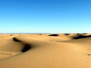 Sahara; Dunas; Dune; Dunes; Desierto; Desert; Erg Chebbi; عرج شبي; Merzouga; مرزوقة; ⵎⴰⵔⵣⵓⴳⴰ; Marruecos; Morocco; Maroc; المغرب