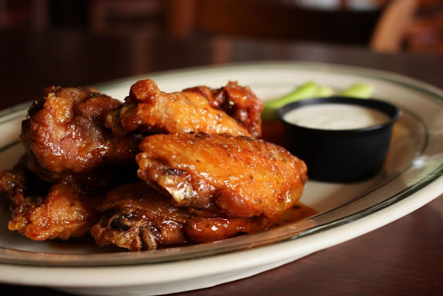 Buffalo Barbecue Chicken Wings Image